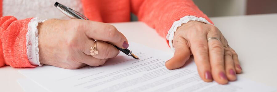 Vermächtniserfüllungsvertrag Vermachen Von Immobiliengrundstücken