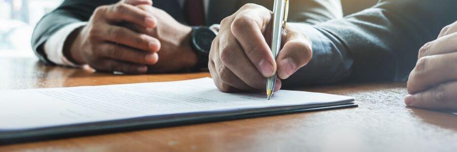 Arbeitsvertrag Prüfen Lassen Nachteilige Klauseln Ausschließen